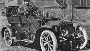 gannettrans - Rolls Royce - 15 HP Buatan Tahun 1904